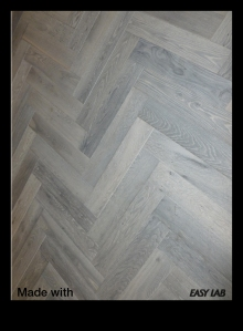 Oxidized Oak Herringbone Hardwood Floor - Easy Lab USA